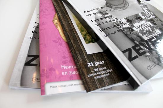 maagzine format print example magazine print types fanned